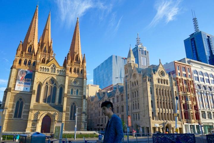 Melbourne yang bikin keki. Cantiknya musim semi di kota layakhuni