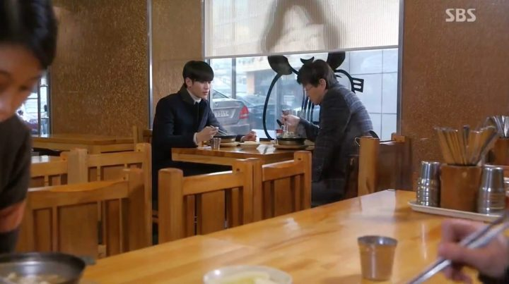 my-love-from-the-stars-filming-location-episode-7-Yulim-Noodle-House-d-1427x800