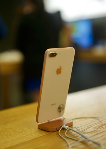 iPhone 8 plus in Gold