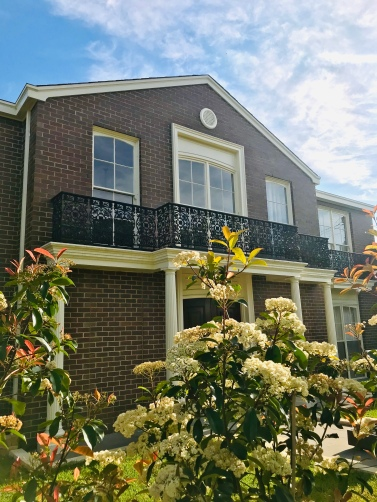 Brighton also houses some of the wealthiest citizens in Melbourne. Take your time to admire these gorgeous houses while walking to the beach