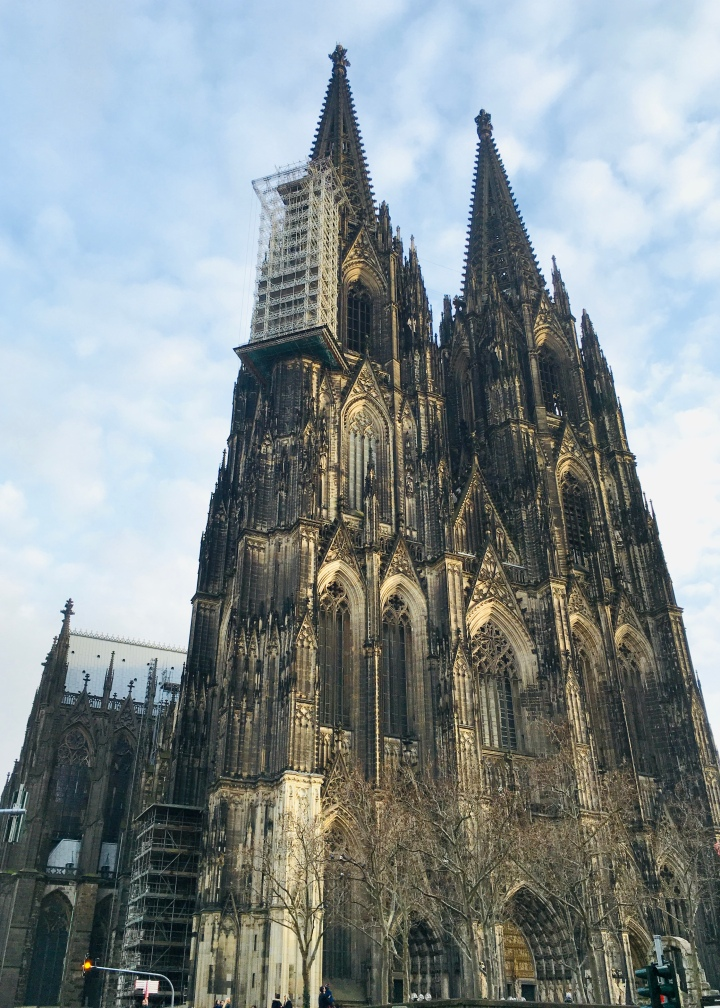 Megahnya Cologne Cathedral