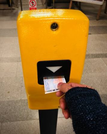 Once you have purchased a ticket, it must be validated at the time of travel: insert your ticket into one of the yellow machines located at the entrance to the metro, or inside trams and buses